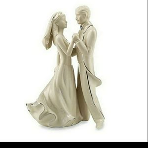 Lenox Fine China Porcelain Bride and Groom Statue